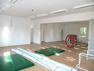 Veszprém, Családsegítő Központ felújítása, átalakítása 2009
