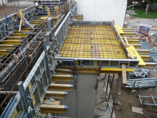 Győrújbatát,  iskola betonacél gyártása és szerelése